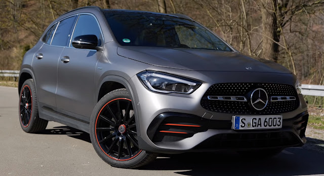 Đánh giá Mercedes GLA 250 4MATIC 2021