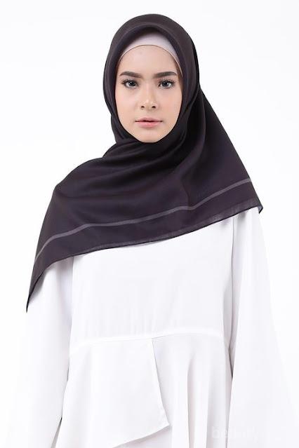 Model jilbab terbaru segi empat