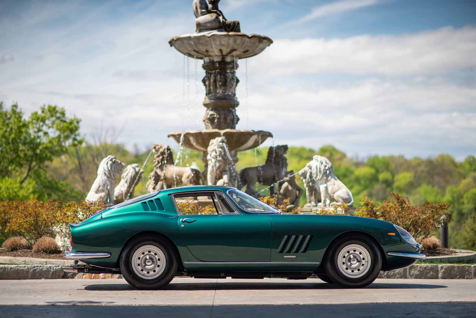 Ferrari 275 GTB/4 1967 được kỳ vọng sẽ có giá hàng triệu đô sau đấu giá