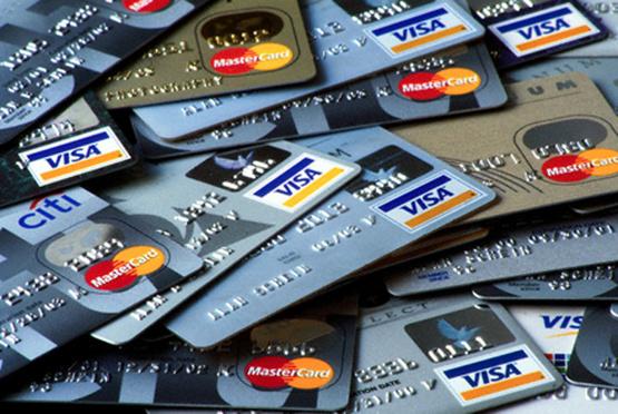 Владельцы кредитных карт придумали схему обналичивания денег через ломбарды