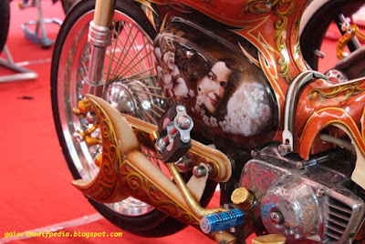 Modifikasi Honda C70 Jawa Kontes Full Body Art