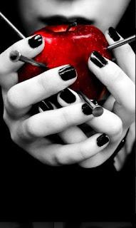 La manzana pecadora es roja