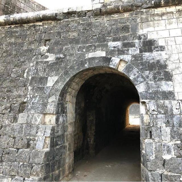 පංචාශ්රාකාර - යාපනය බලකොටුව 🏰🛑 (Jaffna Fort) - Your Choice Way