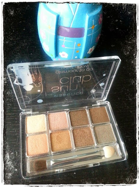 essence-sun-club-paleta-sombras-ojos-long-beach