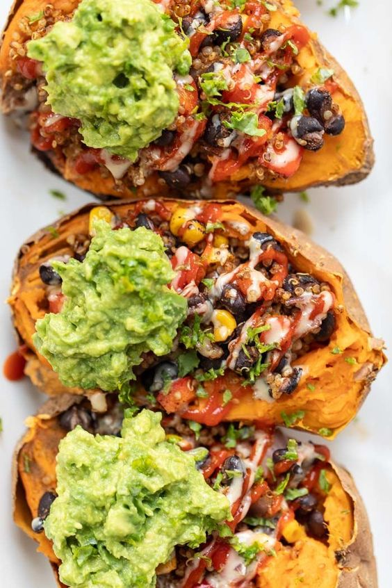 Mexican Quinoa Stuffed Sweet Potatoes #recipes #dinnerrecipes #goodfastrecipes #goodfastrecipesfordinner #food #foodporn #healthy #yummy #instafood #foodie #delicious #dinner #breakfast #dessert #lunch #vegan #cake #eatclean #homemade #diet #healthyfood #cleaneating #foodstagram