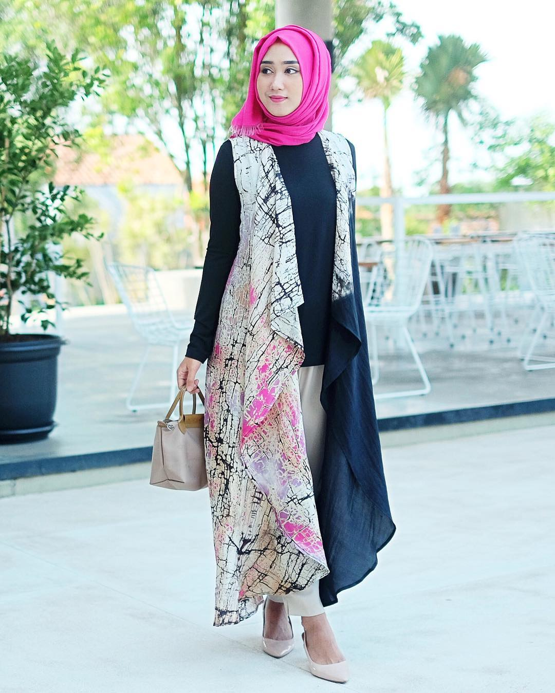 30 Inspirasi Fashion Hijab Selebgram 2018