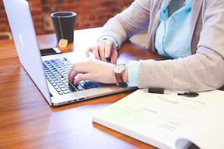 Tips Menulis Posting Blog Agar Menarik Pembaca