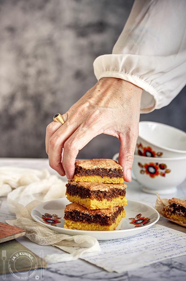 Hrskavi kolač iz babinog kuvara