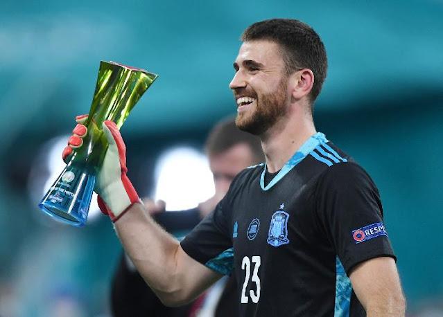 Unai Simon Ungkap Kunci Tepis 2 Penalti Timnas Swiss di  Euro 2020.lelemuku.com.jpg