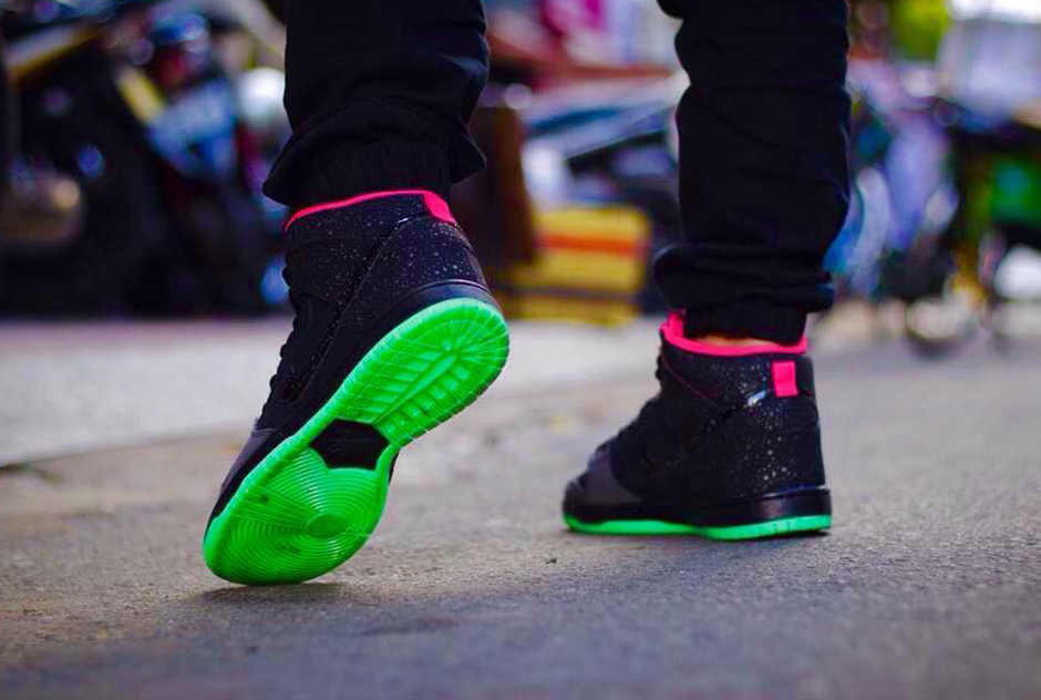 the latest 63df9 db36e TODAYSHYPE: Nike SB Dunk High Yeezy