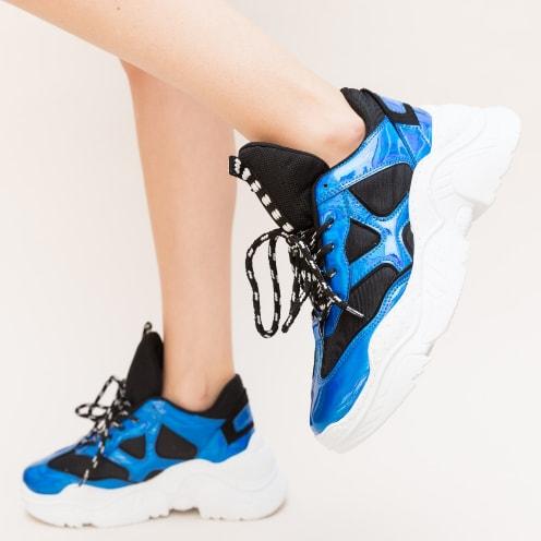 Pantofi sport albastri cu talpa groasa alba