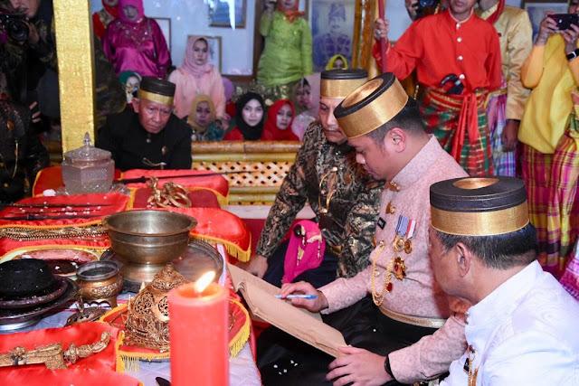 Accera Kalompoang berlangsung di Museum Balla Lompa Kabupaten Gowa, Minggu (11/8/2019) www.masmedia.xyz