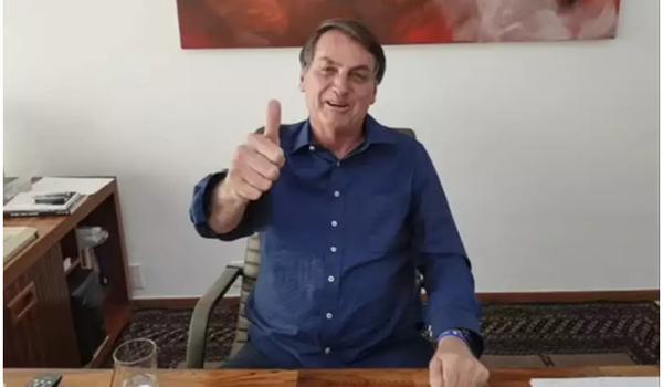 Bolsonaro faz novo exame da Covid-19 após uso de hidroxicloroquina e resultado é novamente positivo, diz TV