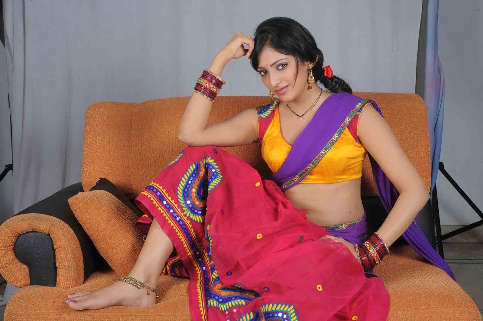splendid sexy Hari priya naughty poses latest hot pics from acam