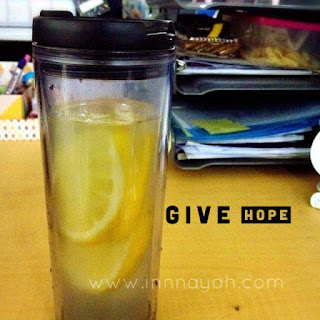 infused water, lemon watre, lemon, healthy