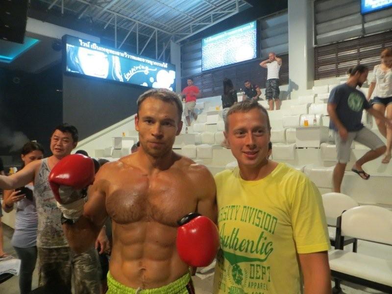 Фотографии с победителем тайский бокс