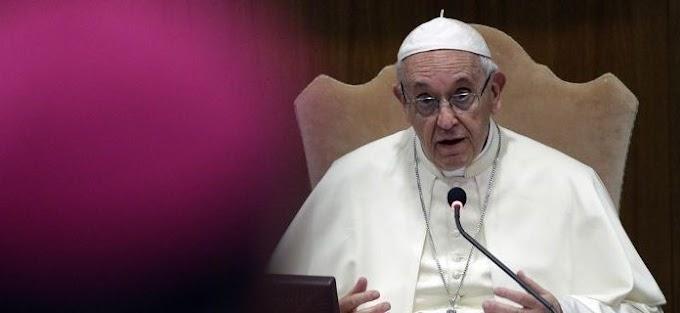 Πάπας Φραγκίσκος: «Εκτός κλήρου οι ομοφυλόφιλοι -Με ανησυχεί ότι έγιναν της μόδας οι γκέι»