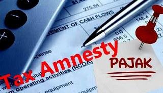 Program Amnesty pajak tahap kedua telah berakhir 31 Desember 2016 meski tidak seramai periode sebelumnya ribuan orang terpantau masih mengantrei di kantor Pelayanan Pajak untuk mendapatkan pengampunan pajak pada periode kedua