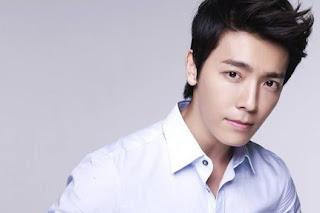 Biografi Lee Donghae