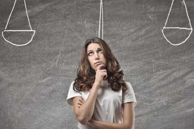 কেন নিজের দুর্বলতাগুলো ঠিক করতে সময় ব্যয় করা উচিত নয়?