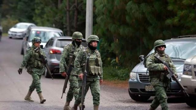 Ejecutan a tres militares durante enfrentamiento con sicarios en Coyuca de Catalán, Guerrero