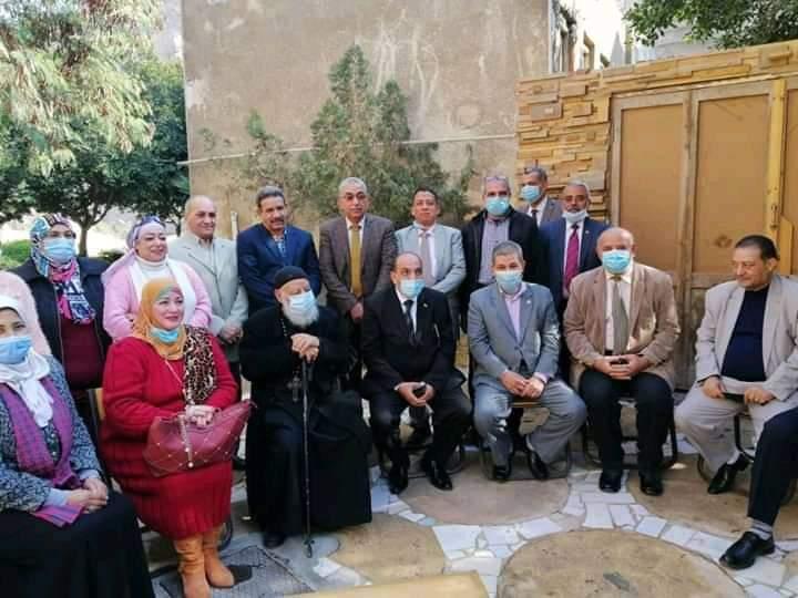 مدير عام ادارة منشأة ناصر فى زيارة الى دير القديس سمعان الخراز للتهنئة بعيد الميلاد المجيد