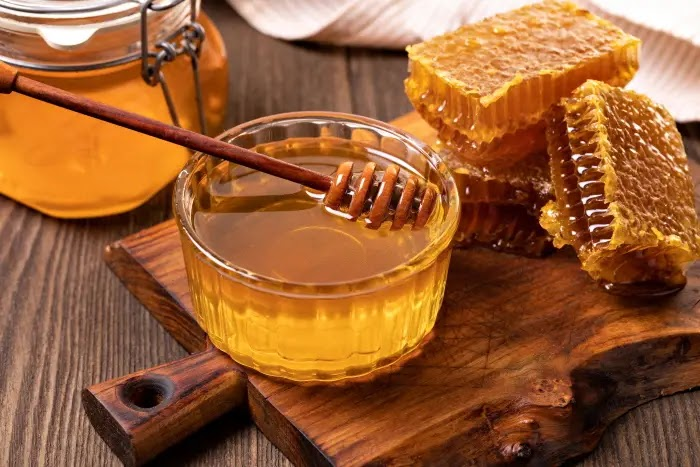 Steps to verify the quality of honey and to know if it is adulterated or not