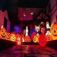 Play  FunEscapeGames-Halloween…