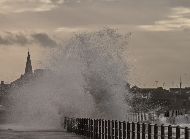 Photo of a huge wave eclipsing Maryport