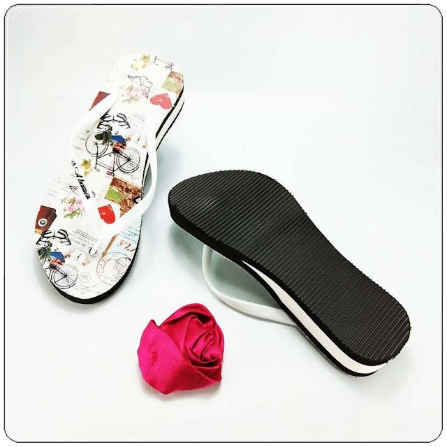 grosirsandalmurah.org - Wedges - Spon Tebal Motif Bunga Wanita