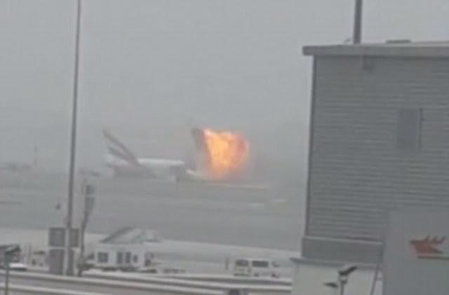 Дубай, вибух літака
