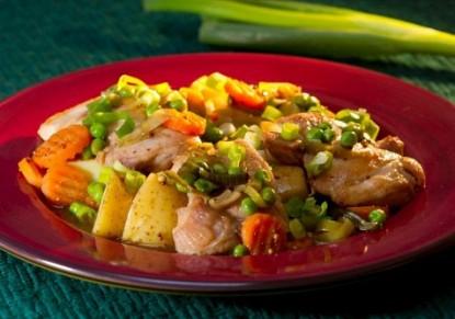 الدجاج مع الخضار من المطبخ الإيطالي