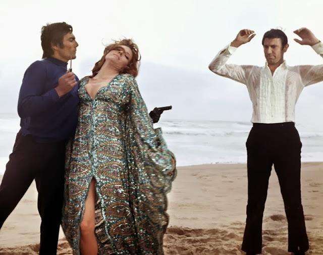 Risultati immagini per diana rigg 007 majesty