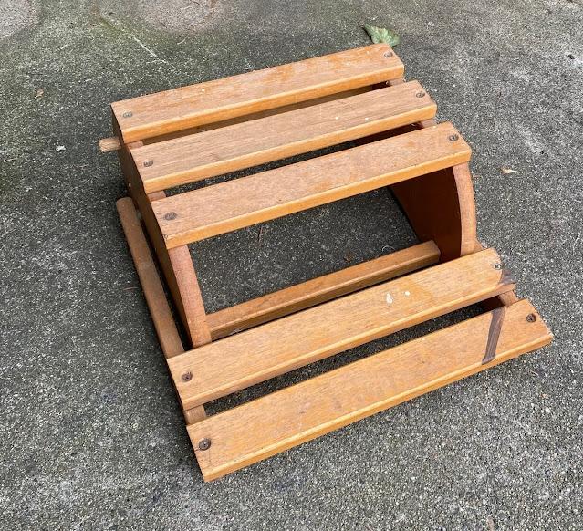 Photo of a folding step stool/folding chair