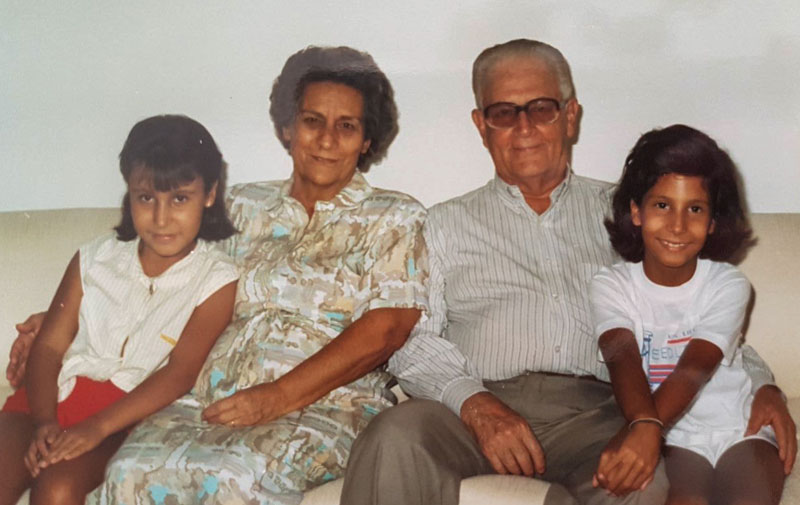 Mari Bontempo, vovó Neném, vovó Dimas e Fabiana Bontempo.