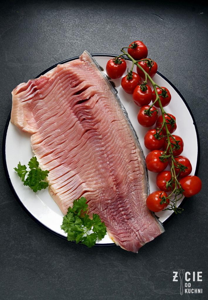 filet nacinany z karpia, karp bez osci, jak sie pozbyc osci z karpia,karp bio, karp, ryby z serca natury, dania z karpia, pulpety z karpia, karp pieczony, karp smażony, karp wedzony, gospodarstwo rybackie zawolcze, zawolcze