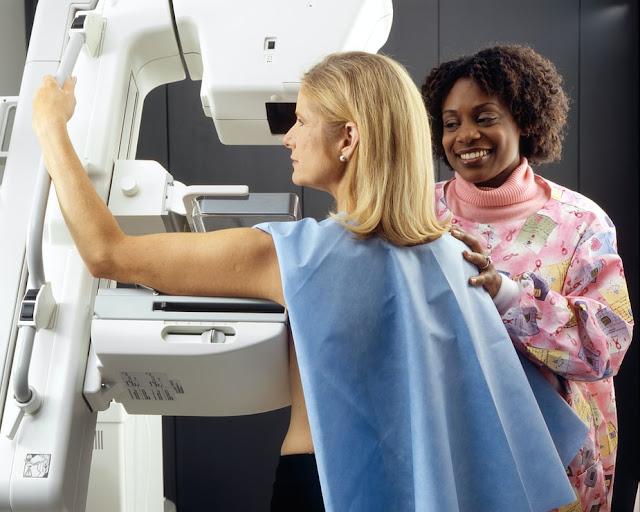 علامات جديدة لسرطان الثدي ليست تكتلات كالمعتاد