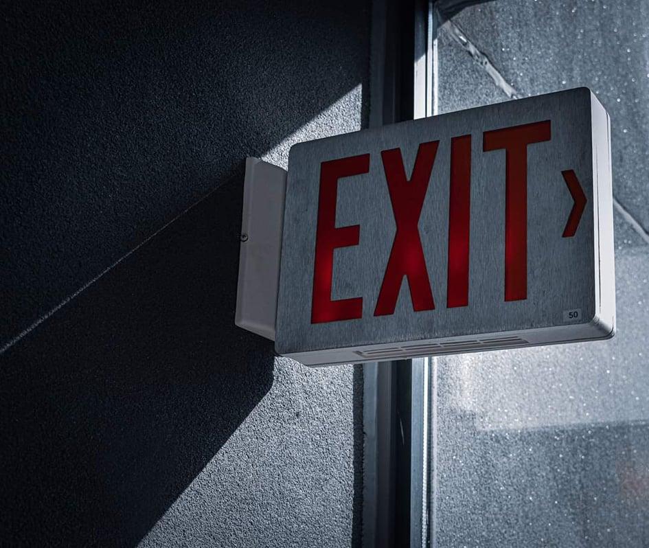 ejodos-diafygis-exit-sign