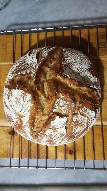 20160103 213612 - Baştan Sona;''Bir Ekmek Yapmak'' (Bu Kez Çavdar Unu Kullanarak)