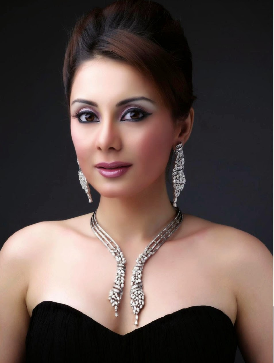 Minissha Lamba punjabi actress, Minissha Lamba new film photos, Minissha Lamba Biography wiki