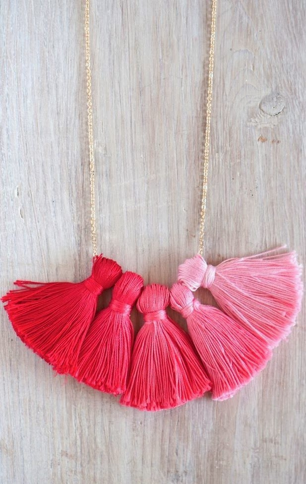 DIY OMBRE TASSEL NECKLACE 1