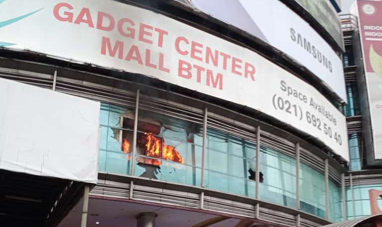 Bogor Trade Mall Kebakaran Pengunjung Berhambur Keluar