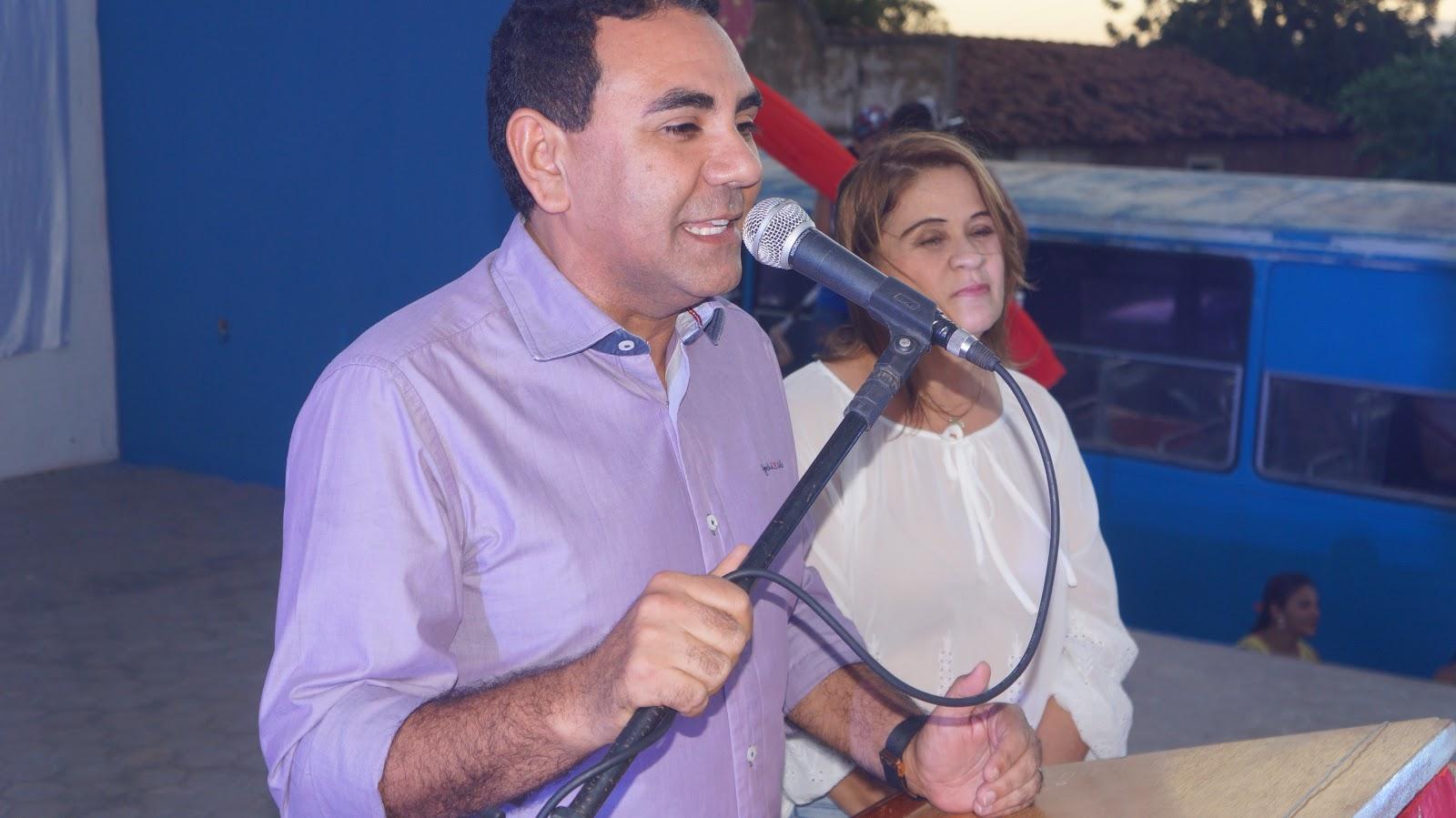 Resultado de imagem para prefeito valderedo