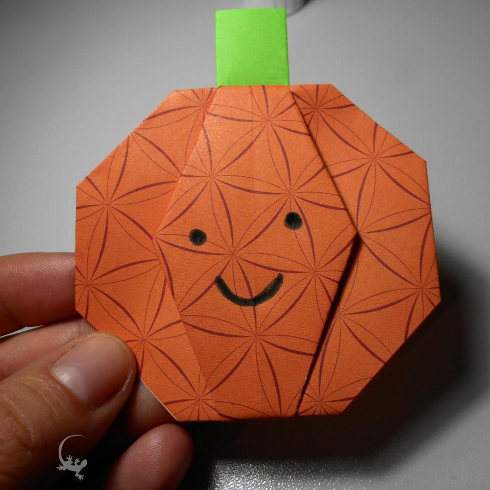 Come fare una zucca di Halloween origami - L Ely curiosa 2c28abefc19f