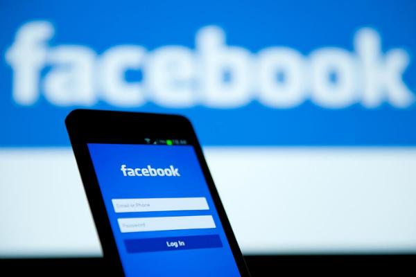 فيسبوك تختبر ميزة تمكن من كبح جماح الأصدقاء والصفحات المزعجة مؤقتا