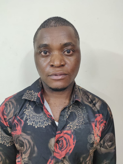 """""""India's Narcotic Bureau arrest African man and woman with 845 grams of drugs worth over N28m"""""""