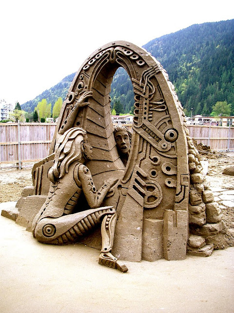 """Back to the Past."" British Columbia, Sand Sculpture World Championship."