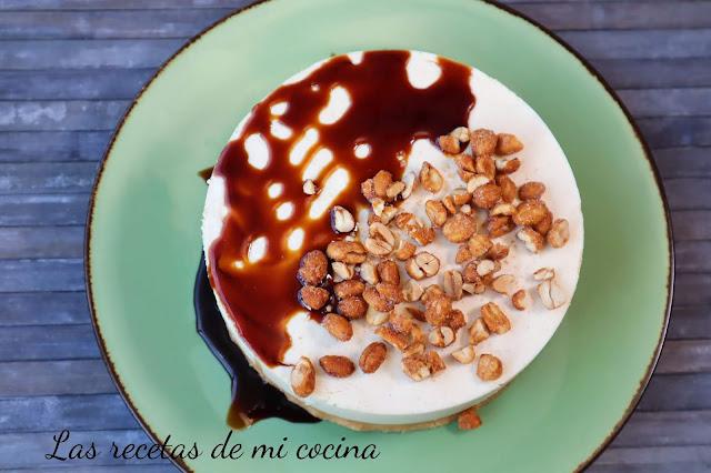 Tarta sin horno de  crema cacahuetes
