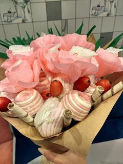 букет из конфет, фруктовый букет, сладкий букет, букет своими руками, упаковка букета,  яблочный букет , букет своими руками, настроение своими руками, вкусный букет, оригинальный подарок, подарок из ничего, Яна SunRay, настроение своими руками