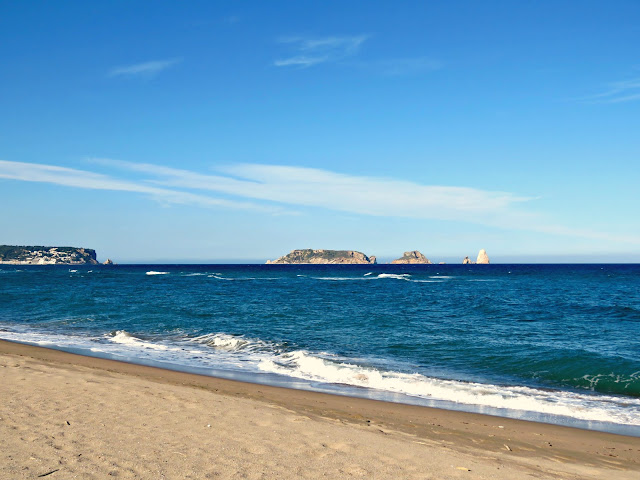 Fonollera i Mas Pinell Beach with the Medes Islands, Costa Brava